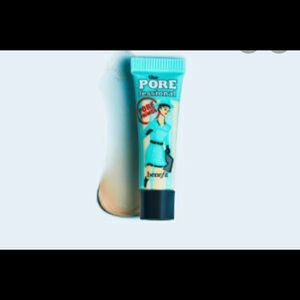 primer by benefit Cosmetics